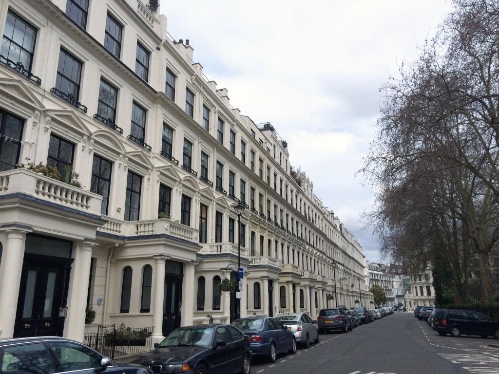 Apartment Cleveland Sq, London